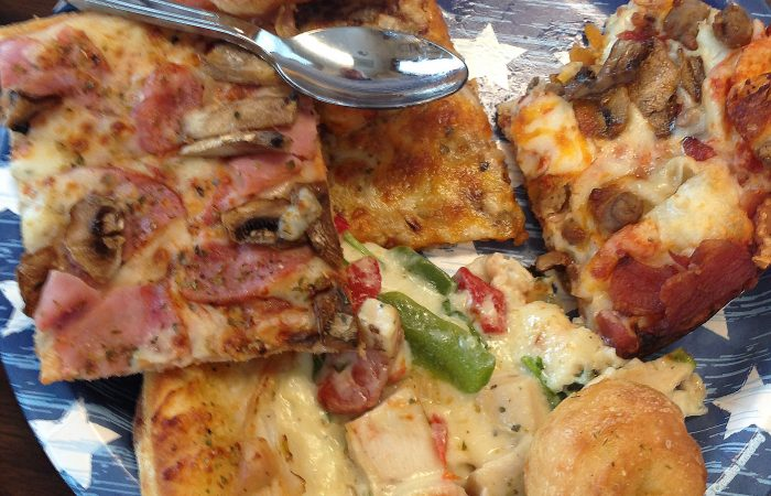 Sunday Lunch Blog : Pizza Party!